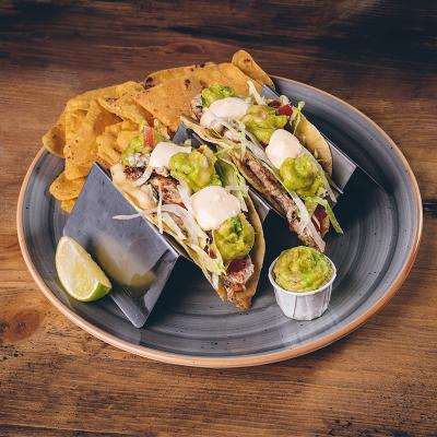 Tacos di pollo asado (2 pezzi)